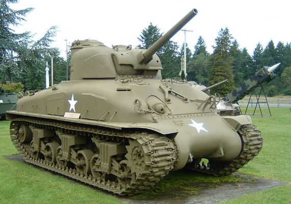 Click to view full size image  ==============  M4A1E9 - Sherman #3 (Ft. Lewis Museum)  June 2006